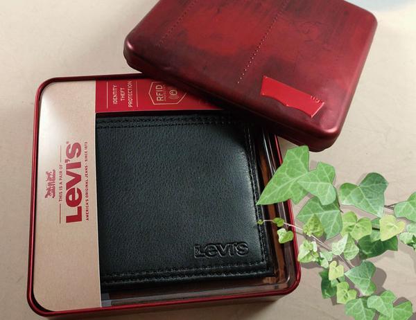 【Levis】Levi's 男皮夾 短夾 牛皮夾 拉鍊零錢袋 多卡夾 大鈔夾 經典鐵盒裝/黑色