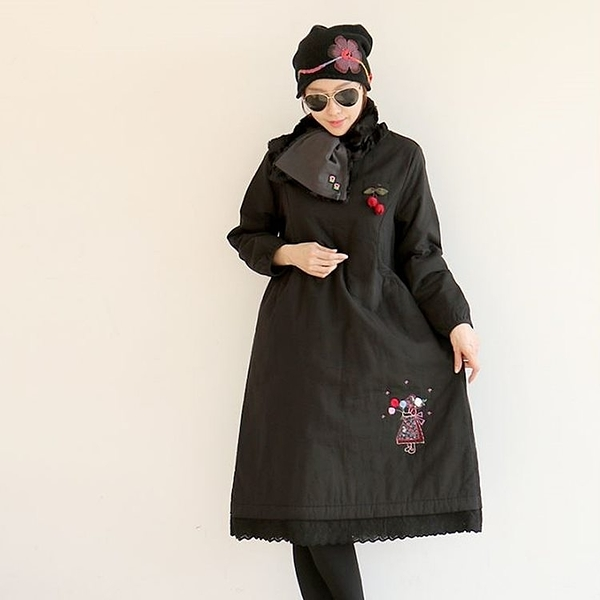 正韓 小女孩圖案蕾絲拼接擺保暖洋裝 (XAS) 現貨
