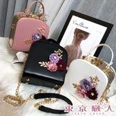 手提側背包韓版斜跨立體花朵單肩鍊條小方包側背包-東京戀人MS.Q2285010