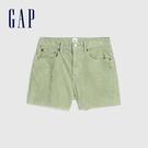 Gap女裝 簡約純色燈芯絨自然腰休閒短褲 573716-阿什伯裡草綠