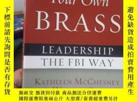 二手書博民逛書店Pick罕見Up Your Own Brass: Leaders