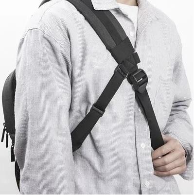 【】Matin Clever 180 Sling  克萊爾單肩後背包180  雙色可選 碳灰 M10075 / 咖啡 M10076【公司貨】