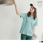 《AB12587》台灣製造.竹節棉童趣躲雨貓咪T恤/上衣 OrangeBear