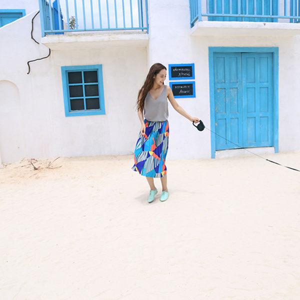 半身裙夏女裝復古鬆緊撞色幾何印花百褶雪紡半身裙波西米亞中長裙