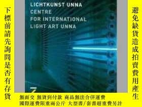二手書博民逛書店Centre罕見for International Light Art UnnaY405706 Martina