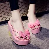 厚底拖鞋 坡跟人字拖女浴室防水厚底鬆糕涼鞋超高跟人字拖鞋沙灘防滑人字拖 叮噹百貨