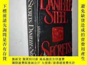 二手書博民逛書店Secrets罕見by Danielle Steel 英文原版Y