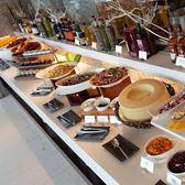 台中亞緻大飯店28F異料理主菜+自助沙拉吧吃到飽午餐或晚餐券(假日使用不加價)
