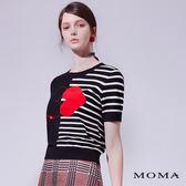 【網路獨賣】MOMA 愛心條紋針織上衣