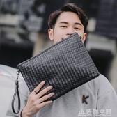 潮包真編織男包手拿包男士手包軟皮手腕包男信封包大容量潮斜背包/側背包 名購居家
