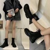 短靴 新款馬丁靴秋冬靴子厚底帥氣英倫風機車靴女襪靴粗跟瘦瘦短靴「艾瑞斯居家生活」