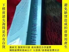 二手書博民逛書店Kissed罕見By Shadows【英文原版】Y182140