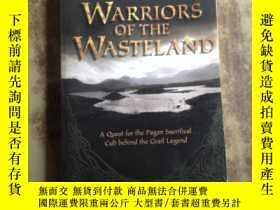二手書博民逛書店Warriors罕見of the Wasteland: A Qu