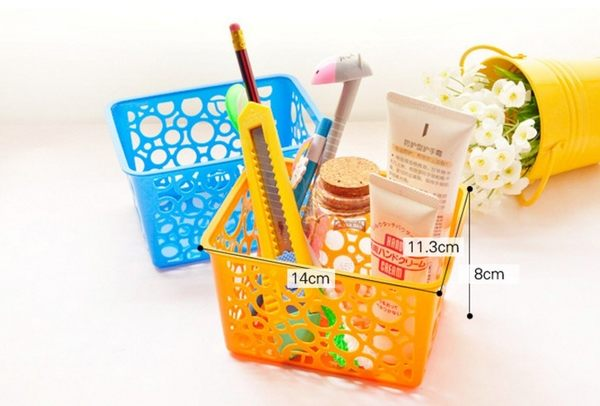 [協貿國際]  迷你可愛糖果色筆筒鏤空創意桌面收納盒 (8個價)
