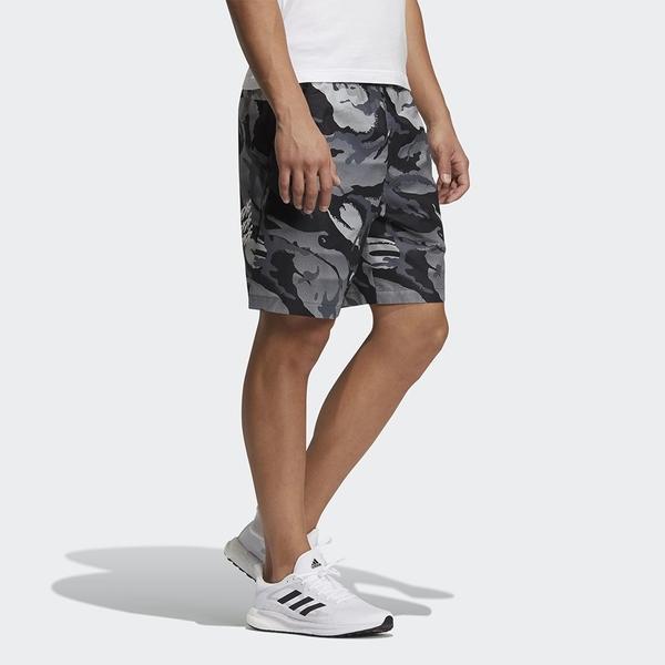 【現貨】Adidas WOVEN CAMO 男裝 短褲 休閒 梭織 再生材質 口袋 迷彩 灰【運動世界】GP0834