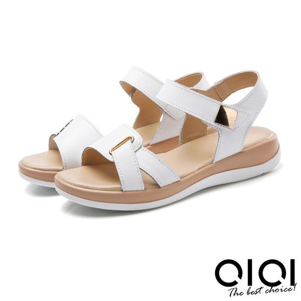 涼鞋 寬版側V造型真皮涼鞋(白)*0101shoes