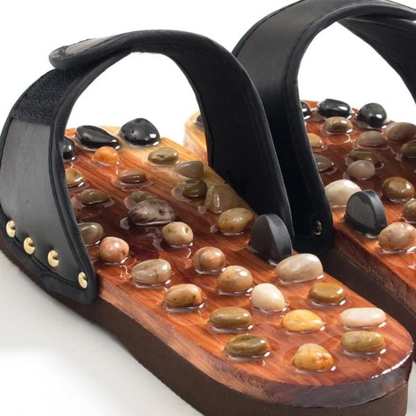按摩鞋 情侶男女玉石按摩拖鞋腳底木鞋鵝卵石養生健康石頭鞋穴位足療 快速出貨