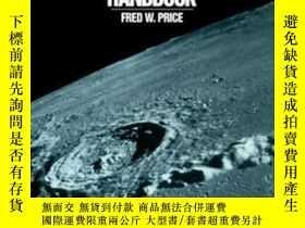 二手書博民逛書店The罕見Moon Observer s HandbookY25