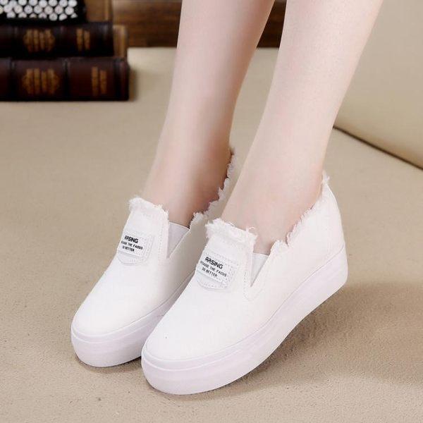 春夏新款女韓版內增高一腳蹬套腳懶人厚底松糕休閒鞋LJ6355『miss洛羽』