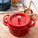 ‧ 鍋蓋集水釘設計,鎖住食物鮮味 ‧ 鍋底溝槽條紋,可煎煮並集中油脂 ‧ 鑄鐵鍋具,保溫效果持久