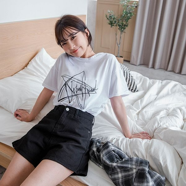 MIUSTAR 韓妞必備!超顯瘦A字高腰牛仔短褲(共4色,S-XL)【NJ0612】預購