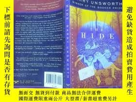 二手書博民逛書店The罕見Hide (norton Paperback Fiction)Y189174