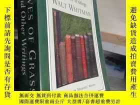 二手書博民逛書店LEAVES罕見OF GRASS and Other Writings:(草葉集和其它作品,諾頓批評版,修訂版)奇