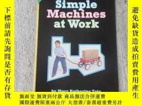 二手書博民逛書店Simple罕見Machines at Work(Science