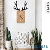 北歐創意木質鹿角創意掛鐘INS家居百搭墻面店鋪靜音裝飾方形掛鐘櫥窗裝飾 PA311【pink領袖衣社】