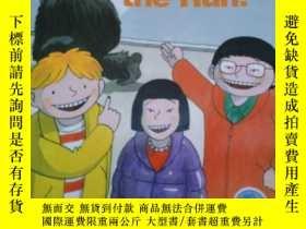 二手書博民逛書店英文原版gorilla罕見on the runY17584 本書編輯部 本書出版社 出版2012