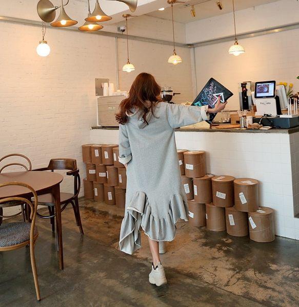 連身裙 純色寬鬆下擺不規則連帽連身裙 艾爾莎【TGK7073】