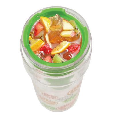 2合1果味攜帶水壺 綠 800ml|手動榨汁器 水杯 水壺 水果榨汁 隨行杯 無毒認證【mocodo 魔法豆】
