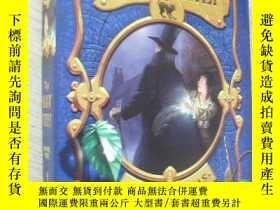二手書博民逛書店英文原版罕見精裝 插圖本 The Magic Thief by Sarah PrineasY7215 Sara