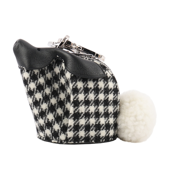 【LOEWE】Bunny Tweed 兔子造型格紋軟呢零錢/鑰匙包(黑白) LO24000003