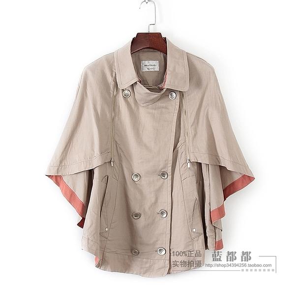 [超豐國際]百春夏裝女裝淺灰色斗篷式雙排扣風衣 32117(1入)