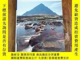 二手書博民逛書店Scotland罕見(Blue Guides)Y12800 Jo