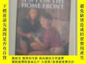 二手書博民逛書店【英文原版書】罕見A Spy On The Home Front