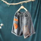 貼布刺繡牛仔短褲熱褲復古做舊褲子-設計家K3357