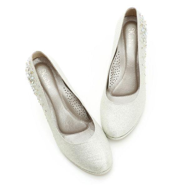 Kadia.圓頭布面貼鑽跟鞋-古銅銀