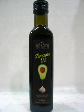 紐西蘭100%純淨特級初榨冷壓酪梨油(蒜味)250ml/罐~特惠中(效期110/10/12月)