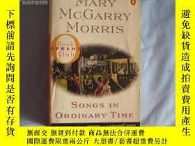 二手書博民逛書店Songs罕見in Ordinary TimeY15357 Ma