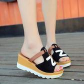 魚嘴涼拖鞋夏季新款磨砂皮拼色厚底松糕懶人一字拖坡跟高跟涼鞋女