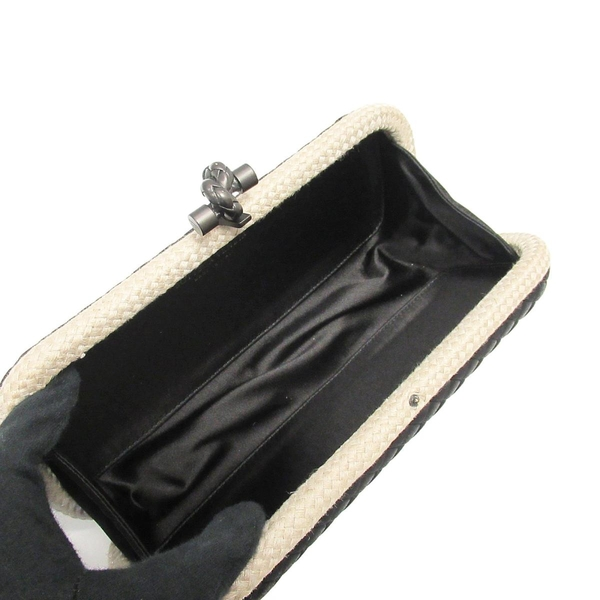BOTTEGA VENETA 寶緹嘉 黑色緞面編織滾米色帆布邊造型手拿包 Stretch Knot BRAND OFF