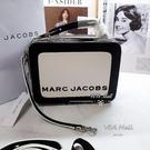 『Marc Jacobs旗艦店』MJ 雙拉鍊小方包 THE MINI BOX BAG20手拿包便當包餐盒包相機包
