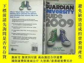 二手書博民逛書店The罕見Guardian University Guide 2