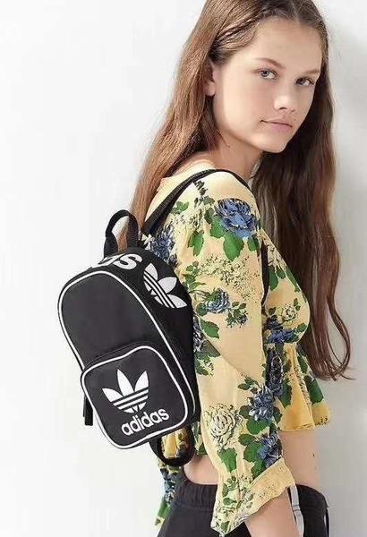 現貨 愛迪達 adidas santiago Mini 三葉草 三線 三槓 迷你後背包 黑色 粉紅色 運動尼龍雙肩包小包/澤米