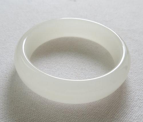 天然白玉手鐲#0382  58.3mm