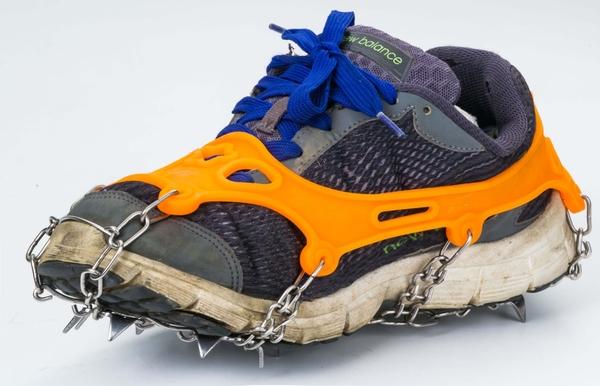 呈現攝影-CONTOOSE  不鏽鋼11爪 冰爪鞋套 橙色  防滑 雪景 登山 攀岩 攀冰 北南疆 極光 冰島 冰雪