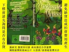 二手書博民逛書店THE罕見ENCHANTED WOOD: 魔法森林Y200392