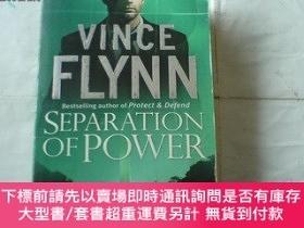 二手書博民逛書店英文原版書罕見Separation of PowerY8204 Vince Flynn Pocket Book